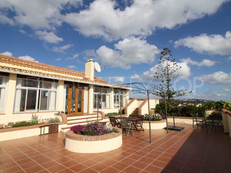For sale 4 bedrooms villa in Torreguadiaro, Sotogrande | Sotogrande Home