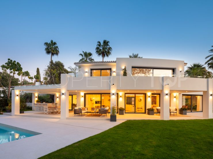 Villa in Nueva Andalucia   Key Real Estate