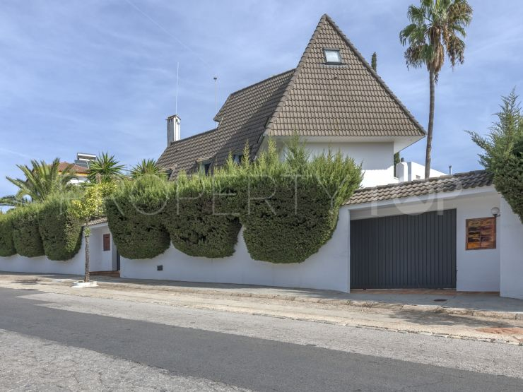 Chalet with 5 bedrooms in La Motilla, Dos Hermanas | Seville Sotheby's International Realty