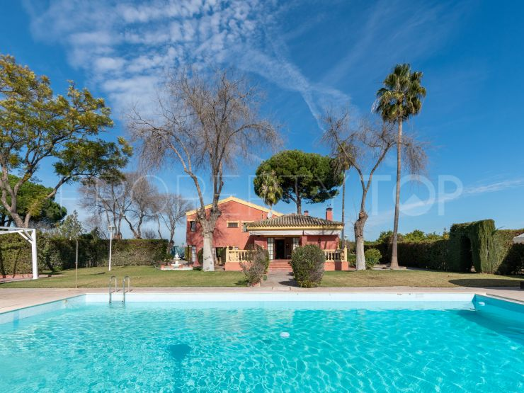 Country house for sale in Moron de la Frontera with 5 bedrooms | Seville Sotheby's International Realty