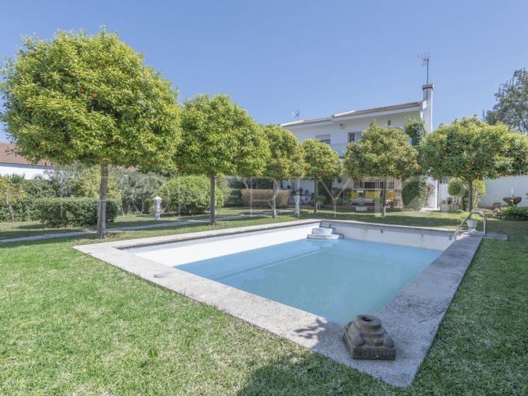 4 bedrooms Torrequinto chalet | Seville Sotheby's International Realty