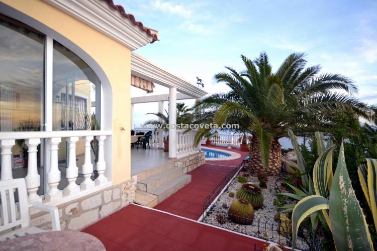 House for sale in Coveta Fuma, El Campello
