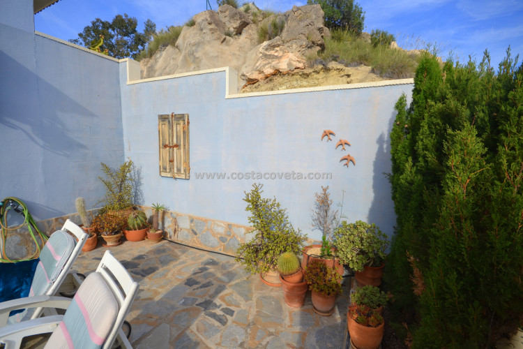 Wonderful modern family house very close to all amenities
