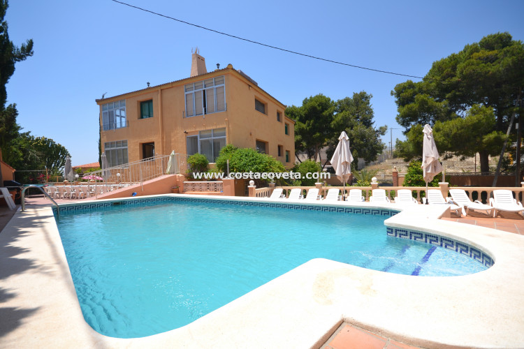 El Campello, Bautiful property with 4 indepente apartments
