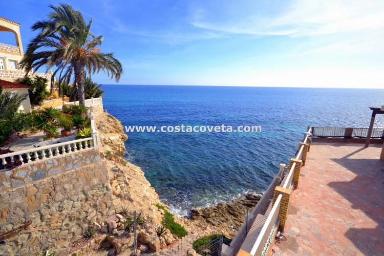 Wonderful villa with stunning sea views in la Coveta Fuma