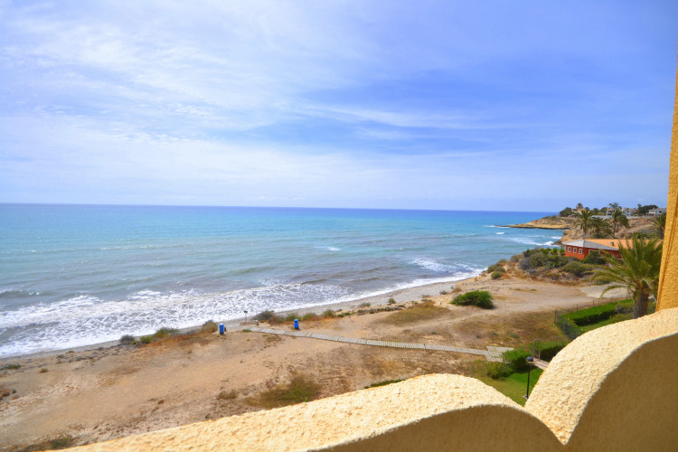 Front-line Townhouse with beach access at Alkabir playa