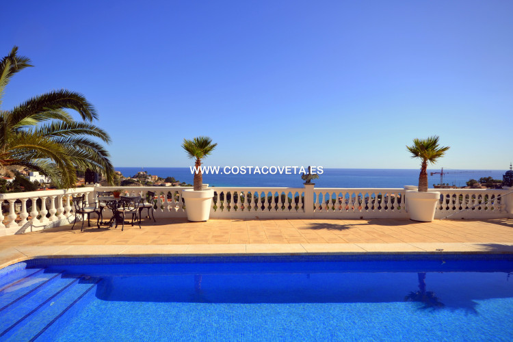 Exclusive luxury villa with pool and breathtaking sea views
