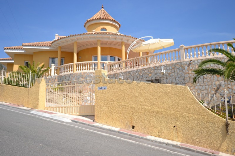 House in Coveta Fuma, El Campello