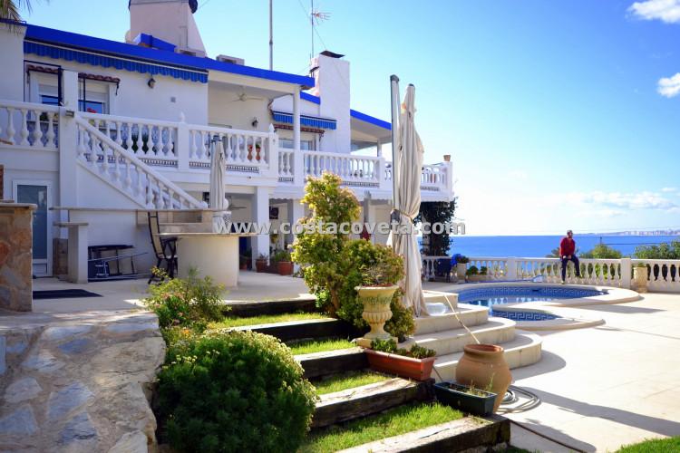 Villa with pool in Coveta Fuma