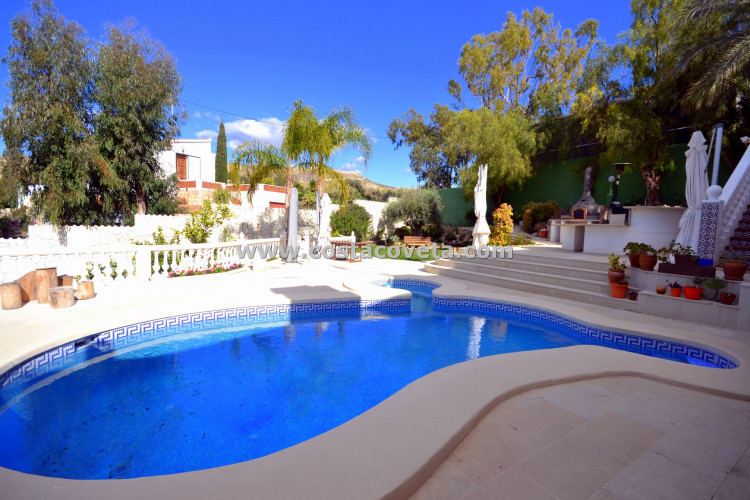 Villa with pool in Coveta Fuma