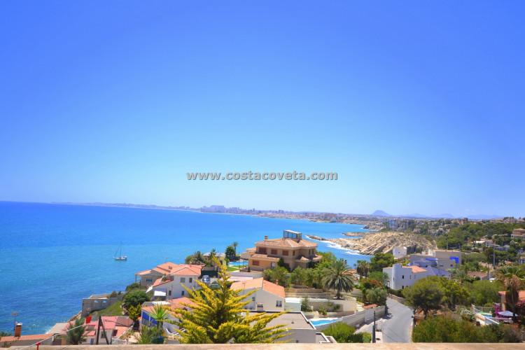 Amazing property with incredible sea views in la Coveta Fuma