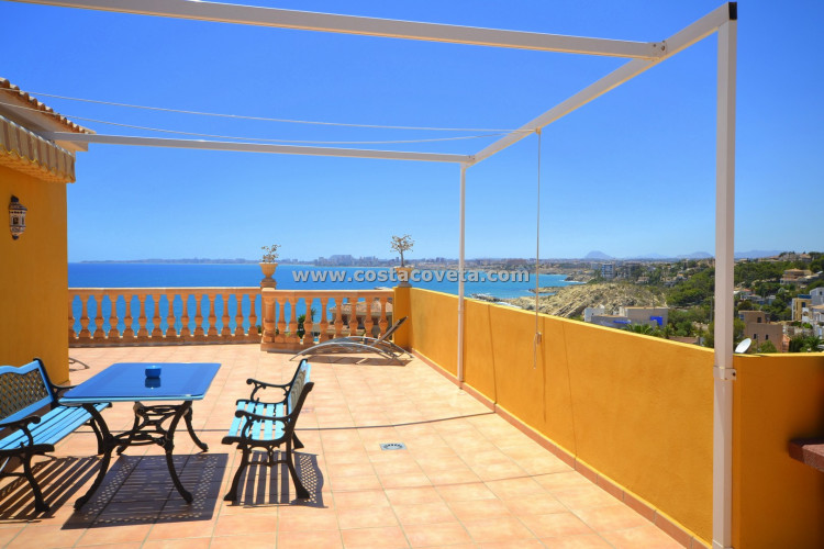 Amazing property with incredible sea views in la Coveta Fuma