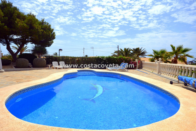 Wonderful recently refurbished villa with heated pool in la Coveta Fuma
