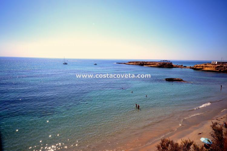 Wonderful bright maisonette near the beach in Pueblo Español, el Campello