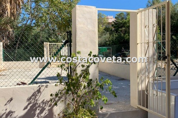 Urban Plot in Minerva Residential park, fenced with 90M2 and near the beach.