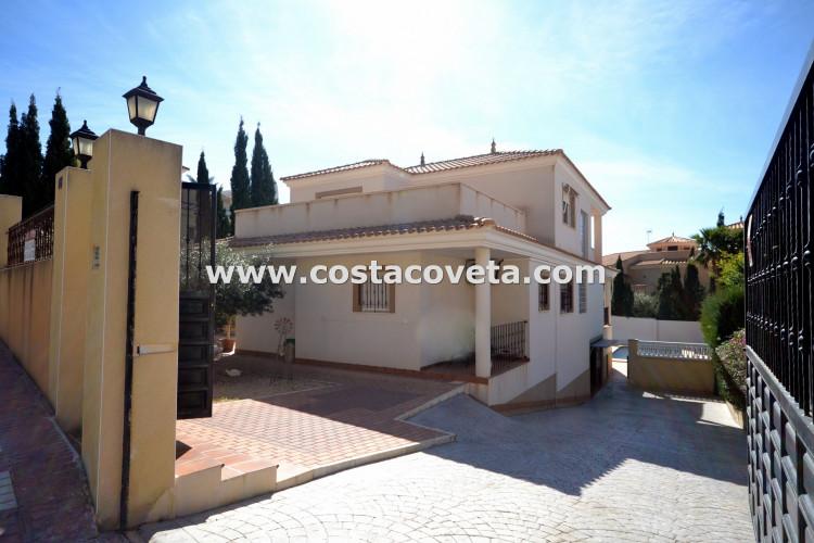 House in Coveta Fuma, El Campello