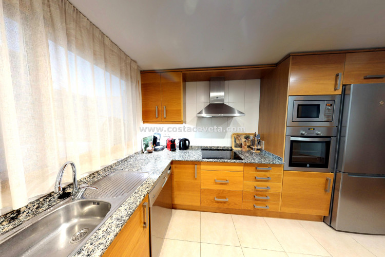 Beautiful duplex apartment on the boulevard with panoramic views over the beach of El Campello.