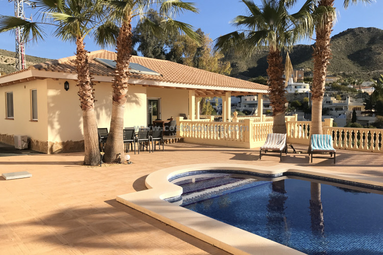 El Campello, Exclusive villa with in Coveta Fuma El Campello