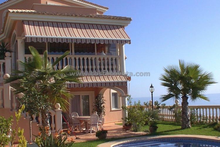 Beautiful luxury villa with panoramic views in the Coveta Fuma El Campello