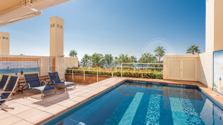 Penthouse for sale in Apartamentos Playa, Sotogrande