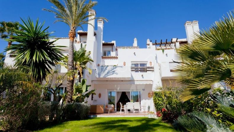 Sophisticated townhouse in Costalita, Estepona