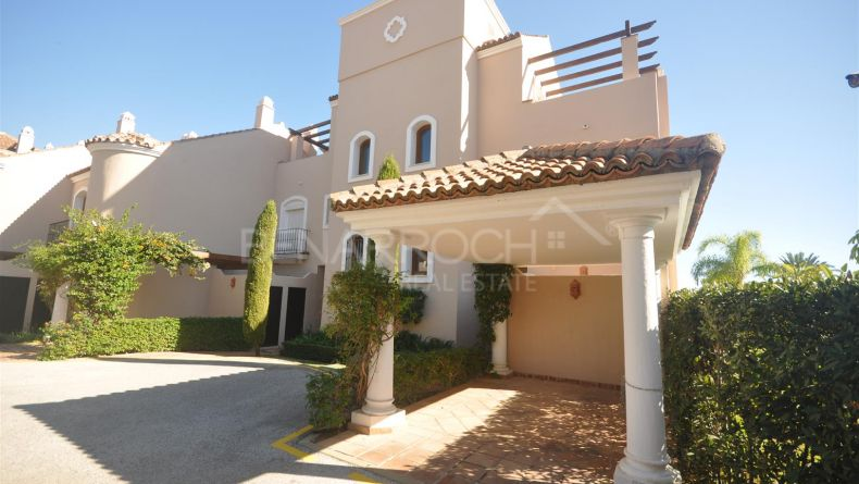 Semi-Detached House in Paraíso Hills, in the New Golden Mile of Estepona