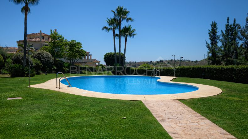 Duplex penthouse in Capanes del Golf, Benahavis