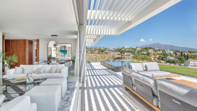 Appartment in Mirador del Paraiso, Benahavis