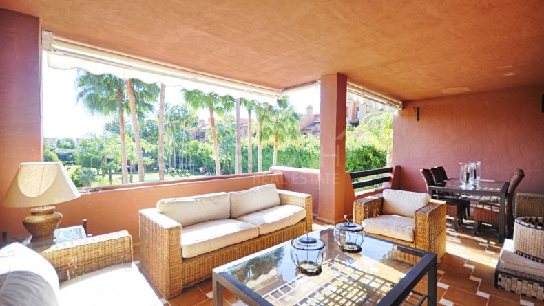 Apartment in Alhambra del Golf, Casasola, Estepona