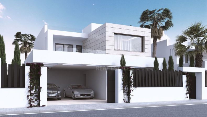 Contemporary style villa in Altos de Puente Romano, Golden Mile