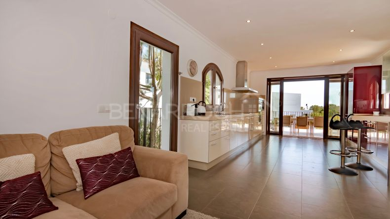 Photo gallery - Villa in Capanes Sur next to La Alqueria, Benahavis