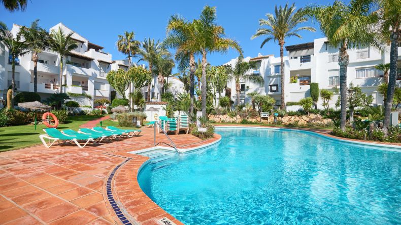 Apartment in Costalita, New Golden Mile of Estepona