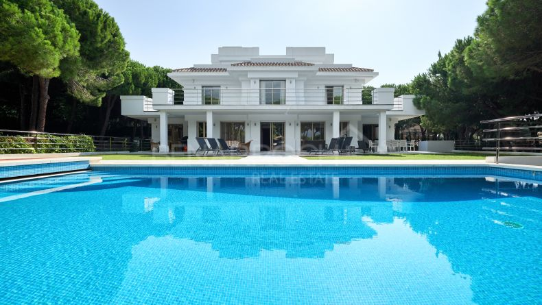 Villa in the residential area Hacienda Las Chapas, Marbella East