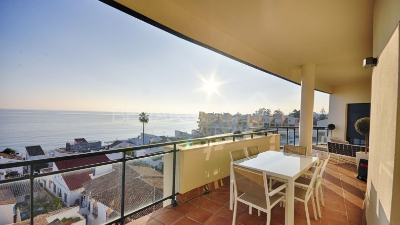 Atico con vistas al mar en Cosmo Beach, New Golden Mile