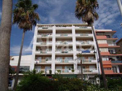 Apartamento en Estepona Playa, Estepona