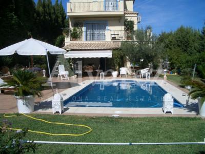 Villa en Arena Beach, Estepona