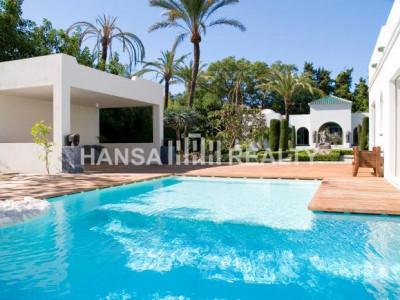 Marbella: Luxury Villa in Guadalmina Baja
