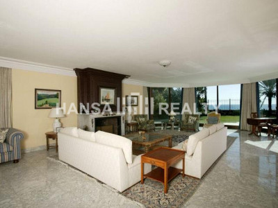 MARBELLA: FRONTLINE BEACH PALACE ON THE GOLDEN MILE