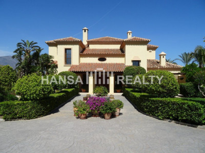 Villa for sale in La Cala Golf Mijas Costa