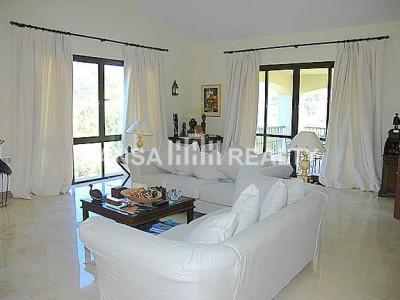 Designer villa next to Valderama golf course. - Villa for rent in Sotogrande Alto, Sotogrande