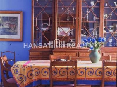 Magnificent villa with great garden in prime location - Villa for rent in Sotogrande Costa, Sotogrande