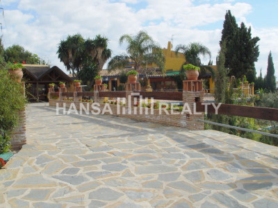 ANDALUSIAN VILLA WITH PANORAMIC VIEWS,EL ROSARIO,MARBELLA - Villa for rent in El Rosario, Marbella East