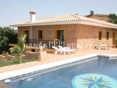 SUPERB VILLA IN LA MAIRENA,MARBELLA