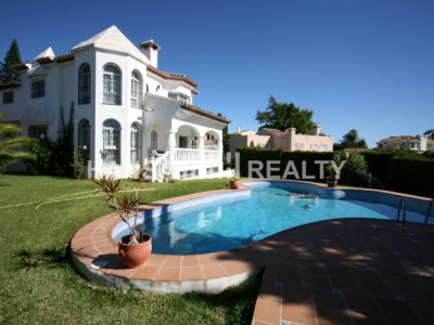 Villa in Elviria, Marbella