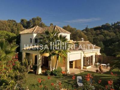 Enchanting Andalusian villa in Elviria, Marbella