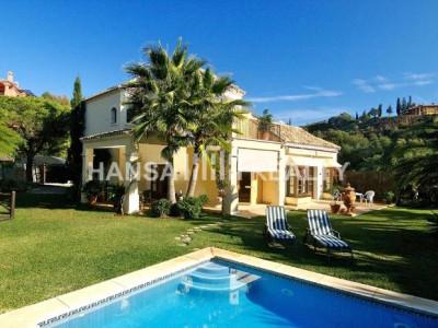 Bezaubernde andalusische Villa in Elviria, Marbella