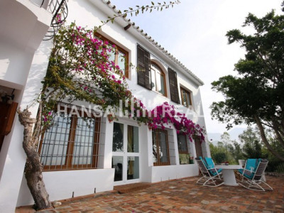 ANDALUSIAN VILLA WITH LARGE PLOT CLOSE TO MIJAS PUEBLO