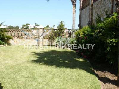 LUXURY VILLA WITH PRIVATE GARDEN AND POOL