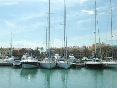 15 m Berth in main port of Sotogrande