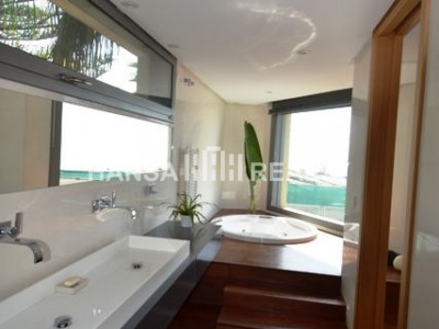 Fantastic modern  front line beach villa
